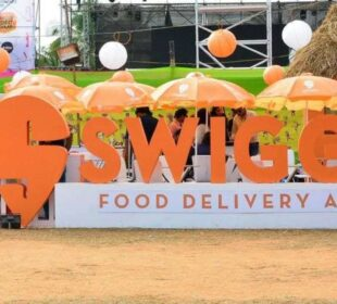 Government Signs MoU With Swiggy To Get Street Food Vendors Online